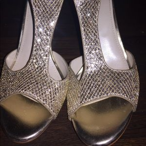 8M gold sequin heels